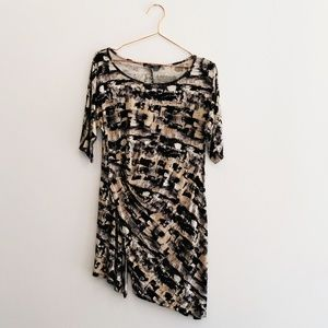 Cable & Gauge L Abstract Print Asymmetrical Tunic